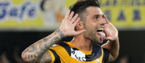 Daniel Bessa es perseguido por el Cagliari