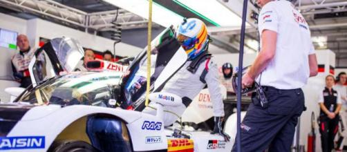 Fernando Alonso confirma que estará en la 24 Horas de Le Mans con Toyota ... - elpais.com