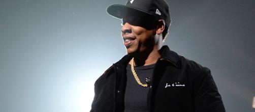 Jay-Z rapero de hip hop compra tenis ZO2.