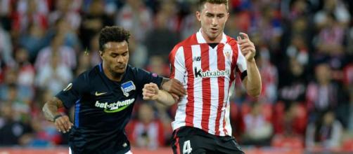 Laporte (à droite) rejoint Manchester City