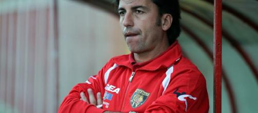 Santino Bellinvia alla guida della Tiger Brolo con cui vinse la finale regionale di Coppa Italia