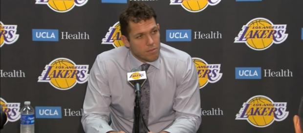 Lakers head coach Luke Walton remains optimistic when it comes to Lonzo Ball -- ESPN via YouTube