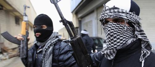 Allarme Interpol, sbarchi Isis