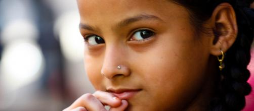 An image of an Indian girl in Udaipur, Rajasthan.