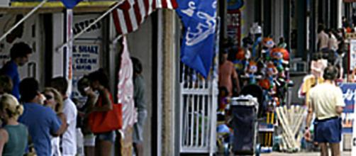 The boardwalk in Point Pleasant Beach, NJ offers family fun. - [Photo: T. Rinaldi]