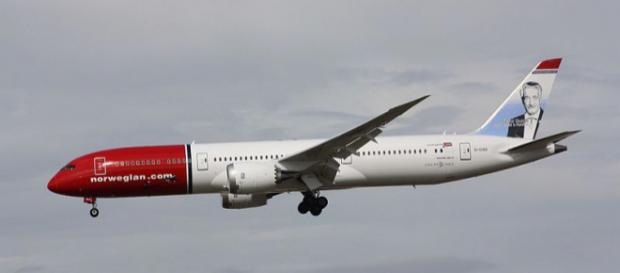 A Norwegian flight with 85 plumbers on board had to turn back due to broken toilets [Image MercerMJ/Wikimedia/CC BY-SA 2.0]