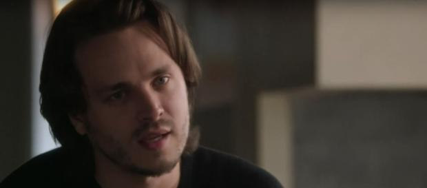 Avery voices his concerns about Darius to Juliette on tonight's 'Nashville' (TV Promos/YouTube Screencap)