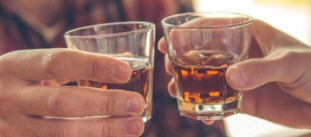 Festejos elevan consumo de alcohol e intoxicación - com.pa