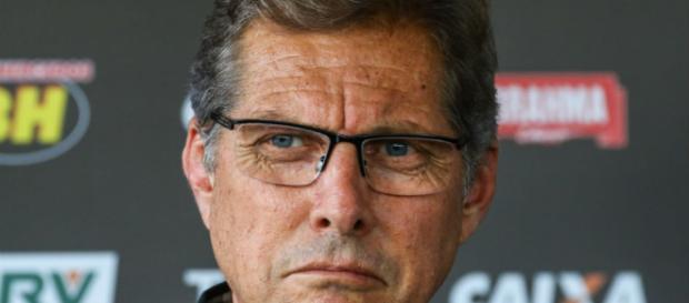 Oswaldo de Oliveira começa a ter problemas com a torcida