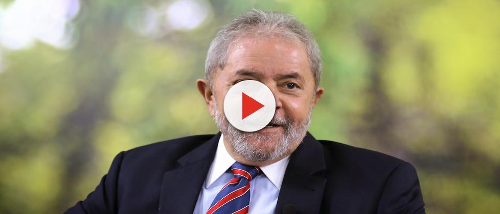 Mesmo condenado, Lula ainda lidera pesquisa do Datafolha