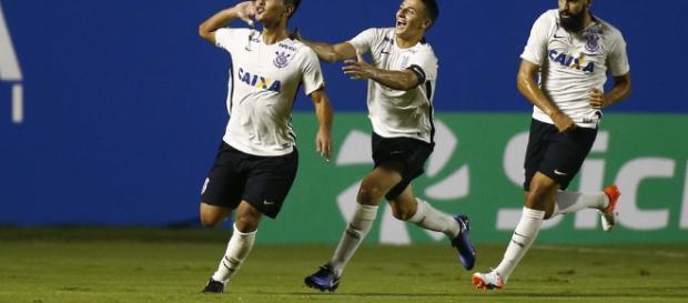 Fabrício Oya é uma das esperanças do Corinthians na competição