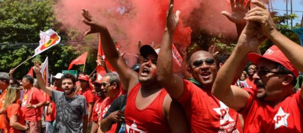 Jornal do Estado do Paraná alega ter informações de um falso atentado contra Lula (crédito: internet)