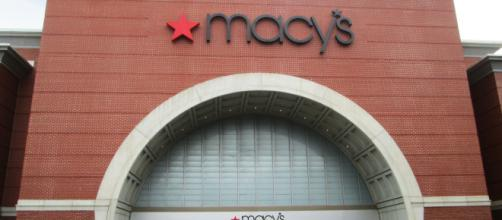 Macy's Storefront on Cherry Street in Burlington, Vermont. [ image credit: Beyond My Ken/ Wikimedia Commons]