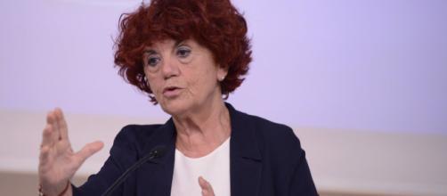 Maestre scuole elementari e infanzia: Fedeli ha chiesto parere all'Avvocatura per risolvere questione delle diplomate.
