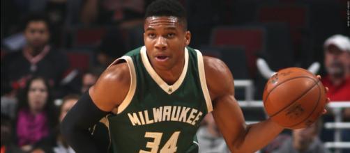 Superestrella de la NBA trata de reclutar a LeBron James para su equipo
