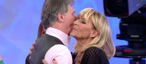 Uomini e Donne, trono over: bacio di pace tra Gemma e Giorgio ... - newscronaca.it