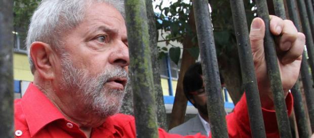 Ex-presidente Lula terá o futuro político decidido no próximo dia 24 de janeiro. (Foto Reprodução).
