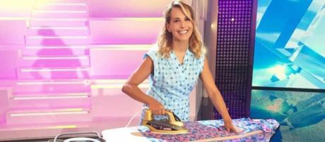 Barbara D'Urso umilia Cristina Parodi
