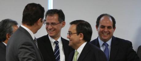México confía en que el nuevo TLC entre en vigor a finales de 2018 ... - elpais.com