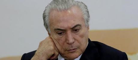 Michel Temer pode sofrer grandes baixas no governo com a saída de ministros