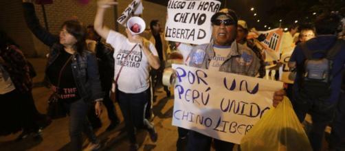 En Fotos: Protestas y celebración en las calles de Perú por el ... - univision.com