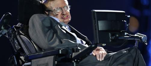 Stephen Hawking says, Earth will turn into fireball by 2600 ... - businesszoom.in