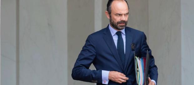 PHOTOS – Edouard Philippe (L'émission politique) découvrez sa ... - gala.fr