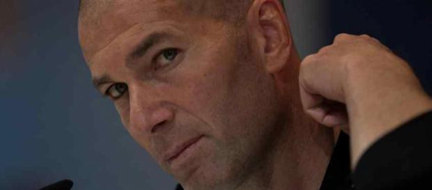 Zinedine Zidane pode estar de saída do Real