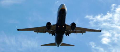 Airplane in flight -- xlibber/Flickr