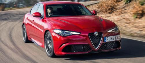 Alfa Romeo Giulia Quadrifoglio Review (2017)   Autocar - autocar.co.uk