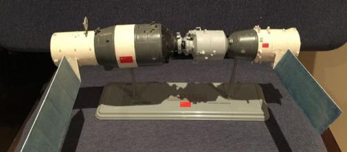 Model of the Chinese Tiangong Shenzhou space station combination (Image credit –Leebrandoncremer, Wikimedia Commons)