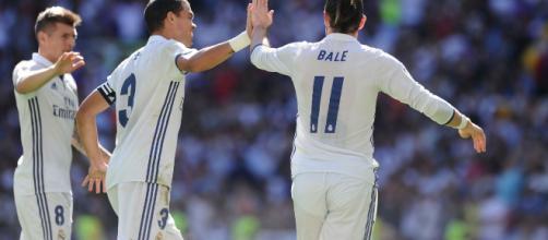 Real MaDRID celebrando uno de sus goles