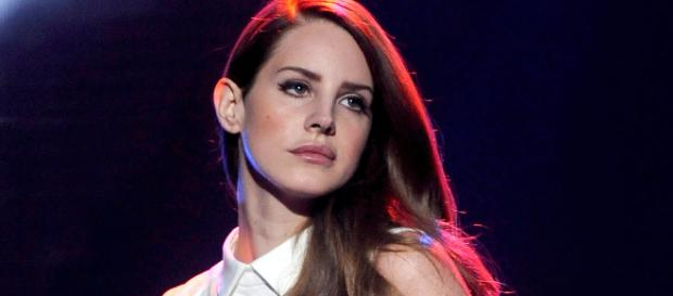 Lana Del Rey Says Radiohead May Sue Her for Copyright Infringment ... - people.com