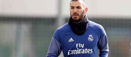 Benzema vuelve a entrenamiento despues de una lesión