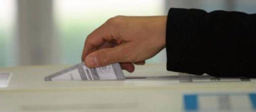 Italia: verso elezioni al buio / Attualità / Home - La Voce del Tempo - lavocedeltempo.it