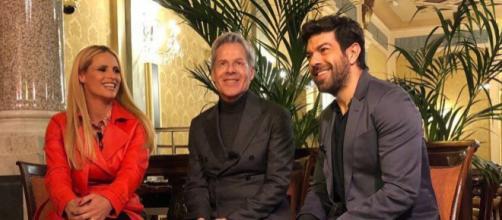 Sanremo 2018, Michelle Hunziker, Claudio Baglioni e Piefrancesco Favino