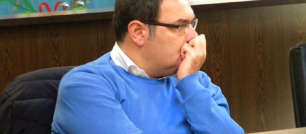 Enzo Guida - sindaco di Cesa accusato dalla moglie viene ascoltato dai giudici