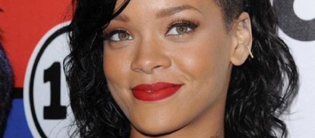 Rihanna ficou no 3º lugar do top-100 da GQ