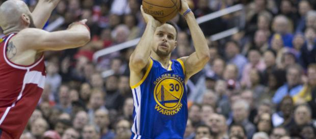 The Warriors might add another superstar to their loaded roster. Image Credit: Keith Allison / Flickr