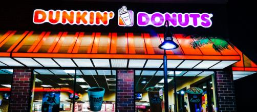 Photo of a Dunkin' Donuts store - [Jaycon117* / Flickr]