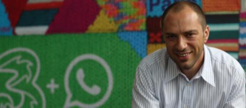 Jan Koum é um empreendedor da internet e programador norte-americano.