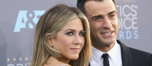 Jennifer Aniston e Justin Theroux anunciam separação depois de seis anos de relacionamento. (foto reprodução).