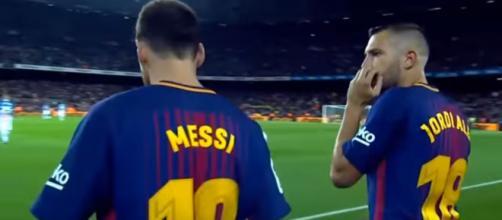 Messi e Alba [Imagem via YouTube]