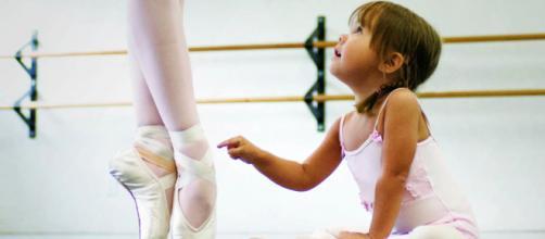 La danza offre molti vantaggi per lo sviluppo dei bambini