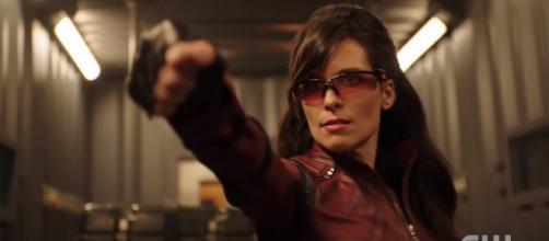 Richard Dragon assembles the Longbow Hunters in 'Arrow' Season 7. [The CW Network / YouTube screencap]