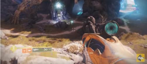 The recent weekly reset has brought in new bounties in Destiny 2. [Image source: xHOUNDISHx/YouTube]