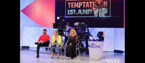 Uomini e donne: puntata speciale dedicata a Temptation Island.