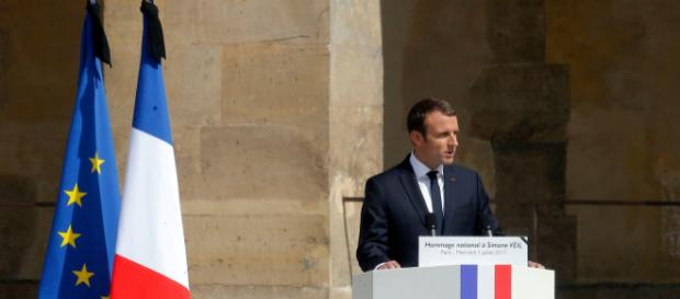 Le remaniement attendra vendredi soir selon l'Elysée, le Président étant actuellement en Arménie