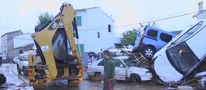 British couple among nine dead and six are missing after flash floods in Mallorca