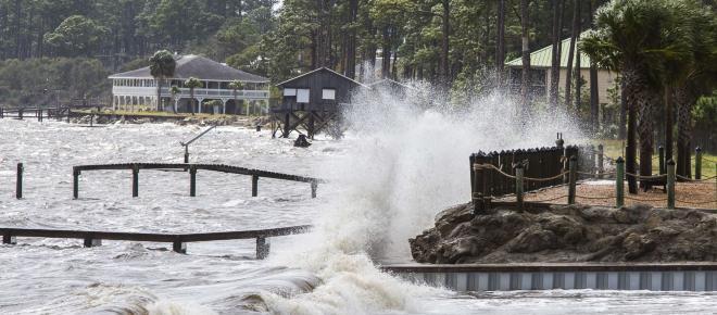 El huracán Michael toca tierra en Florida